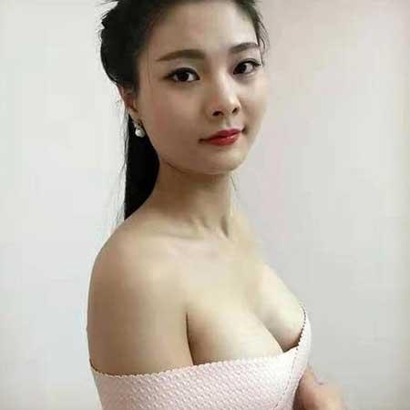 西安美莱杨帆做假体隆胸手术后半个月