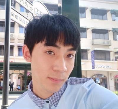 在广州星团整形医院找赵辉做的鼻综合整形手术后30天