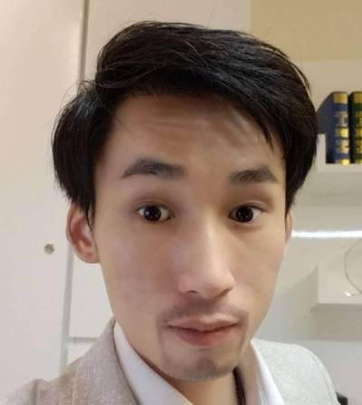 去广州倍生植发医院找廖骏医生做了胡须+鬓角种植手术后7天