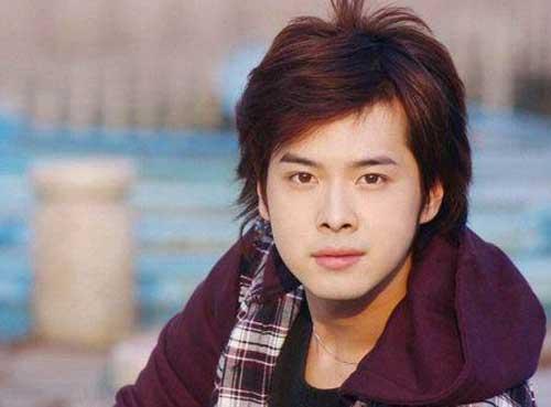 徐海乔19岁照片