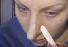 长鼻子化妆矫正的方法
