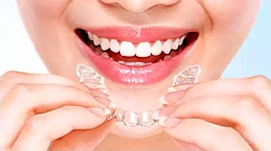 牙齿矫正价格表