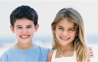 孩子矫正牙齿的最佳年龄