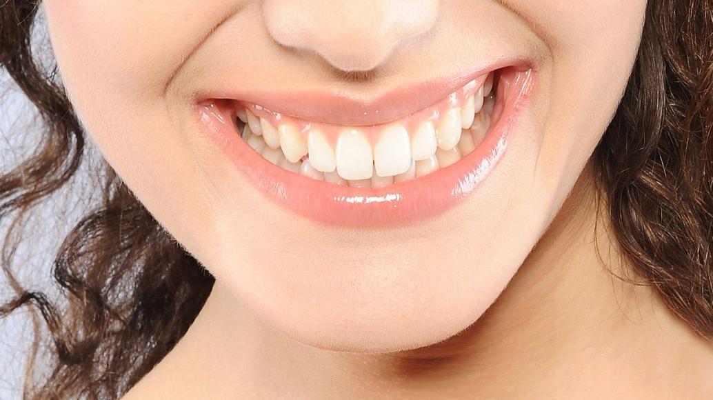 如何防止牙越来越外突