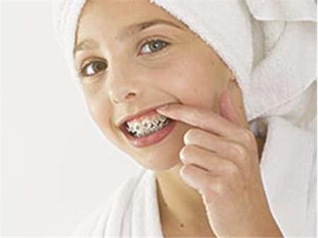影响牙齿矫正费用的因素