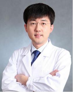 北京八大处整形外科医院刘春军