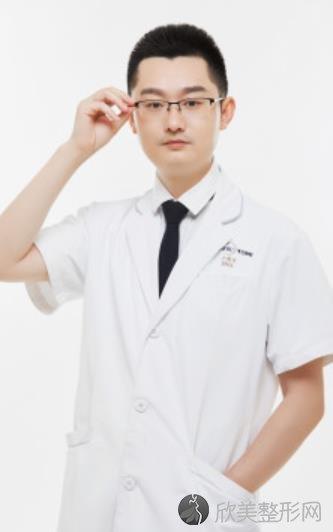 卢尚兵医生