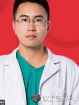 成都医大整形医院李辉医生