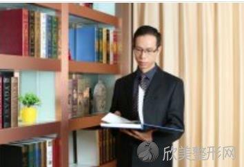 上海华美医疗美容医院李健医生