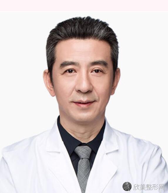 深圳蒳美迩朱灿医生