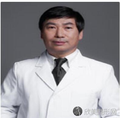 北京八大处整形医院范金财医生