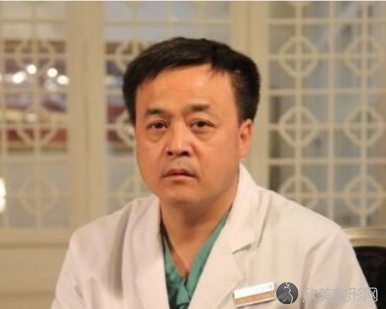 张景涛手术做得怎样?大腿吸脂手术前后对比照分享~