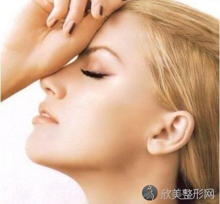 玻尿酸隆鼻需要多少钱?价格贵不贵?