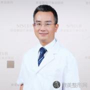 国内有名的隆鼻鼻修复专家:成铤在哪个医院坐诊?案例预约效果价格