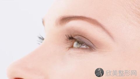 乌鲁木齐割双眼皮的医生哪个好?乌鲁木齐割双眼皮手术好的医生排名推荐及案