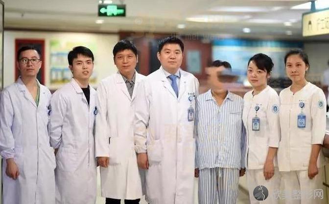 浙江大学第一医院整形外科怎么样?隆胸价格表公布