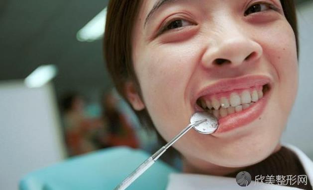 洗牙会伤害牙齿?还会让牙齿变小变松?你可能错怪它了!