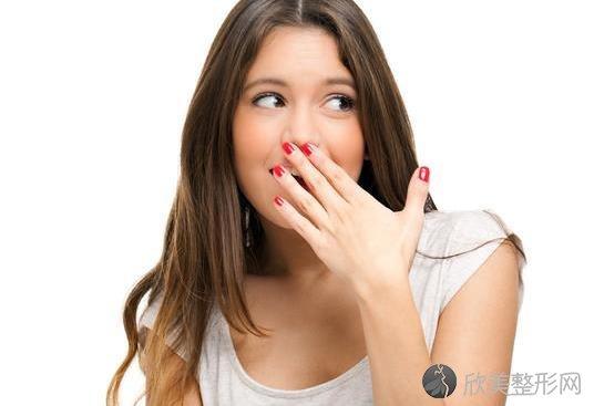 口臭主要分为两种,诱发原因不同,处理方法也有所不同!
