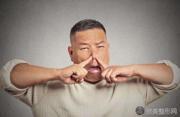 嘴巴有异味怎么办?医生:4个方法除口臭,让口臭消失去无踪!
