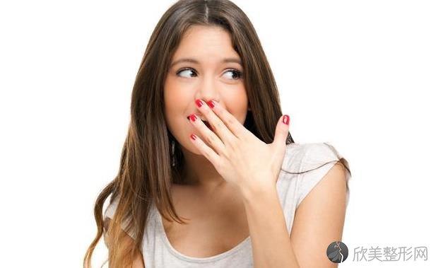 口臭是哪些原因引起的?4个好方法,让你摆脱口臭!