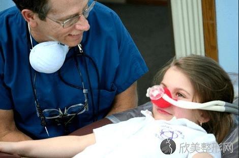 关于儿童口腔健康,你必须知道的四件事!