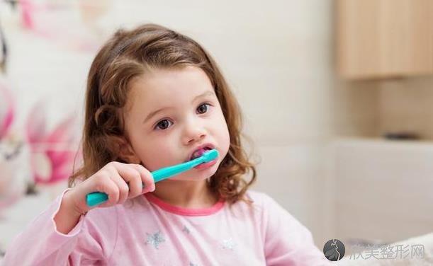 想要让孩子拥有一口好牙?这3个口腔护理误区,家长要避开!