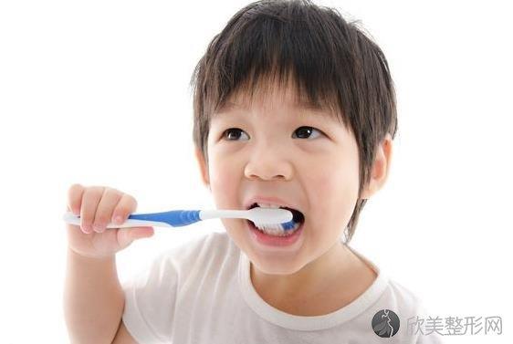 选择正确的假牙,效果可能比一颗真牙更好!