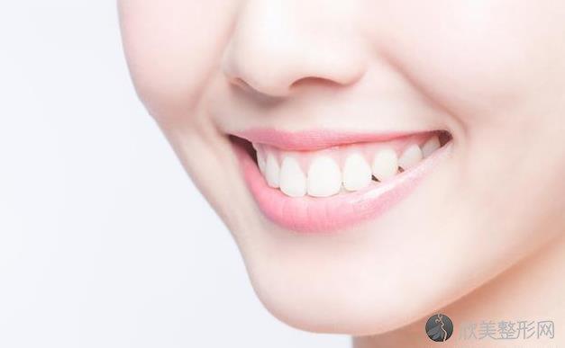 牙齿磕掉了一点,该怎么办?医学上一般用哪几个方法修复?