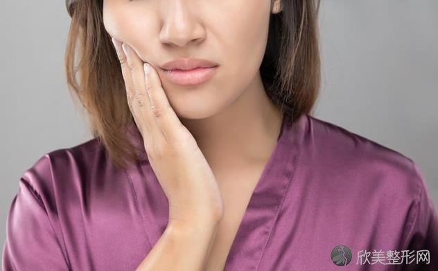 牙周炎是小病?看清这几个后果,发现牙周病要及早治!