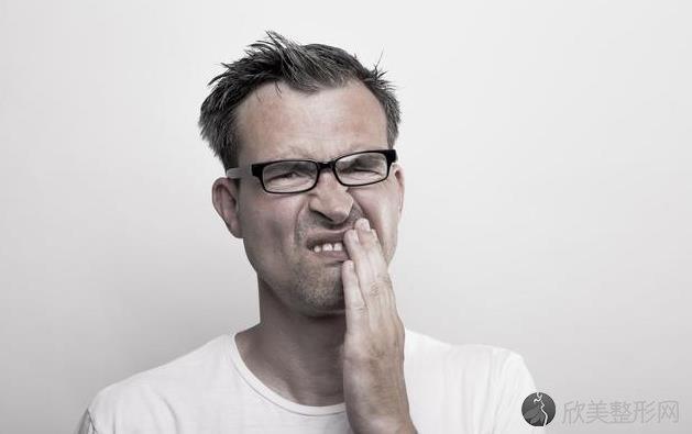 牙龈出血如果有这3种情况,那你就要做客医院了!